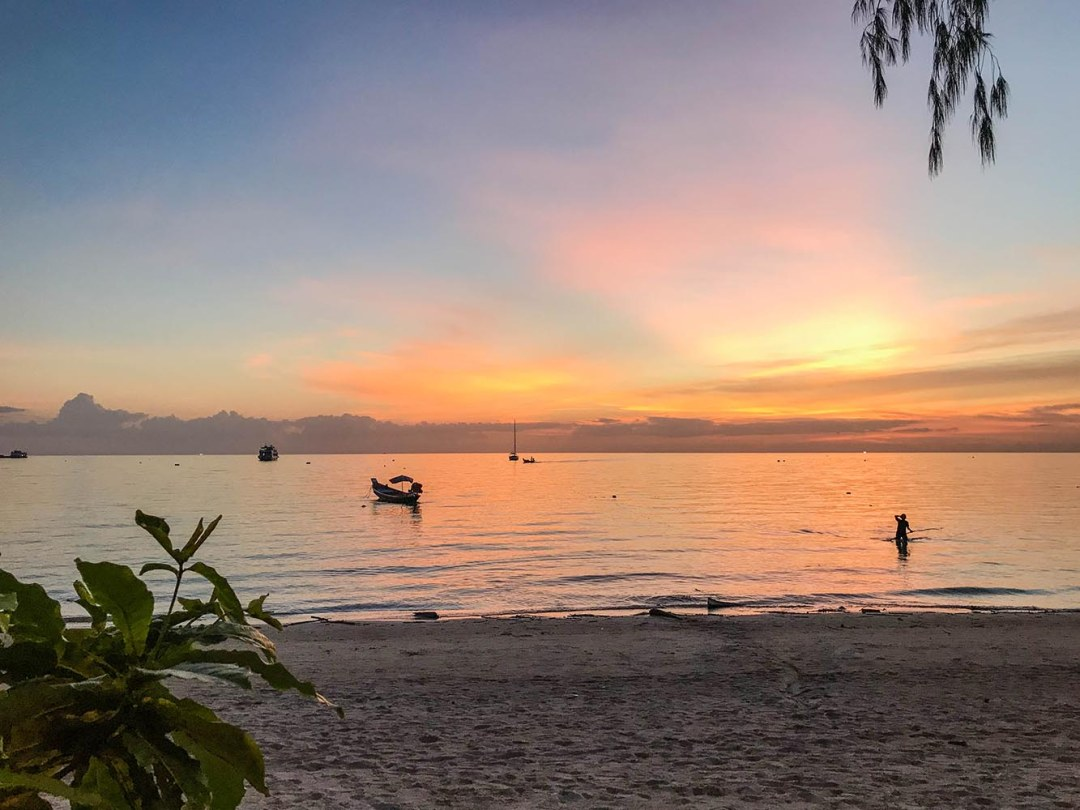 The Elephant's travel guide Koh Tao. Completely biased and very awesome, explore the best places to eat, sleep and relax on Turtle Island in Thailand.