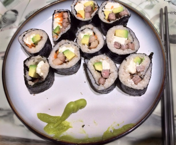 This is my makisushi without  salmon - instead, part of them are chicken, part are steak.  And you can see a nice blob of the absolutely necessary wasabi :-)