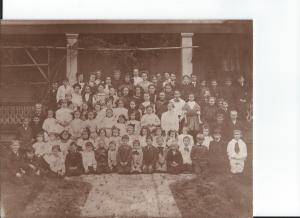 Miss Gussie Woodruff's school, all classes, circa 1915