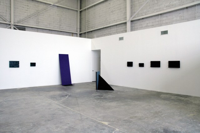 Monument Minor, installation view.