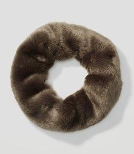 faux-fur-popover