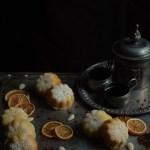 Tortine soffici alle carote, mandorle e arancia