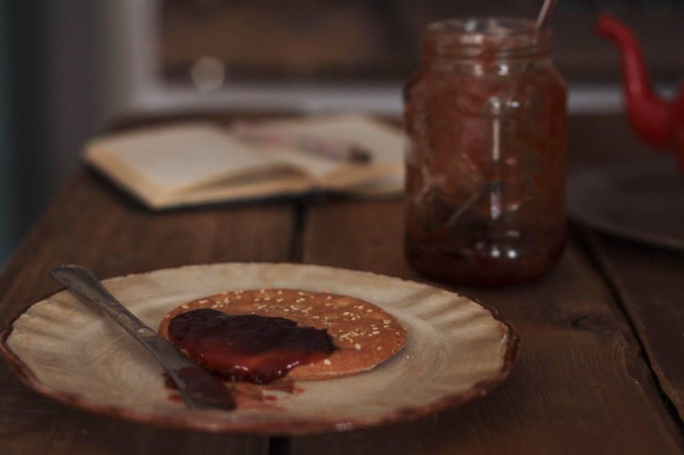 Marmellata di prugnette selvatiche con anice stellato e cannella