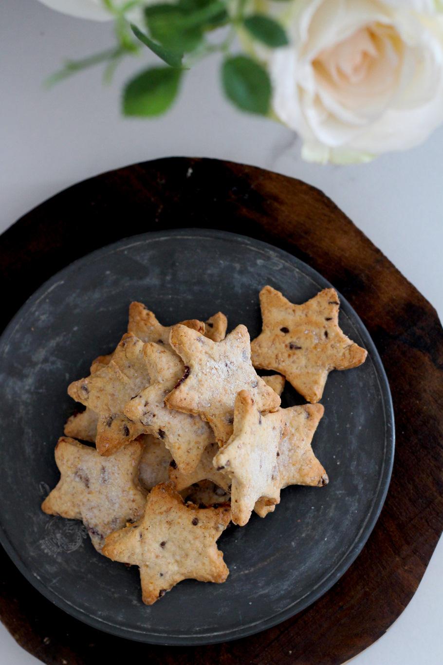 biscotti vegani arachidi mandorle cranberries e cioccolato3