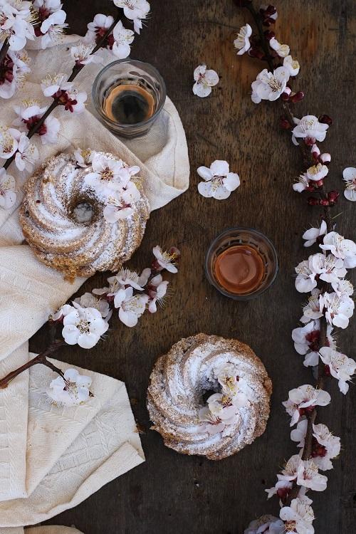 Ciambelle e caffè appuntamenti