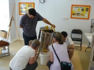 Extraction du miel à Lyon