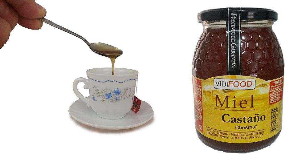 Miel de castaño y taza de té