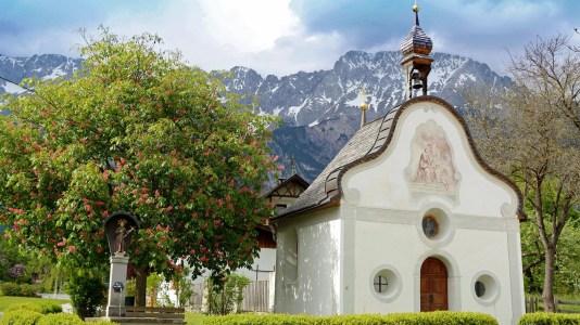 Die St. Josefskapelle zur Kastanienbaumblüte, Foto: Knut Kuckel