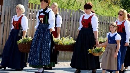 Maria Himmelfahrt in Untermieming - Kräuterweihe und Prozession, Foto: Knut Kuckel