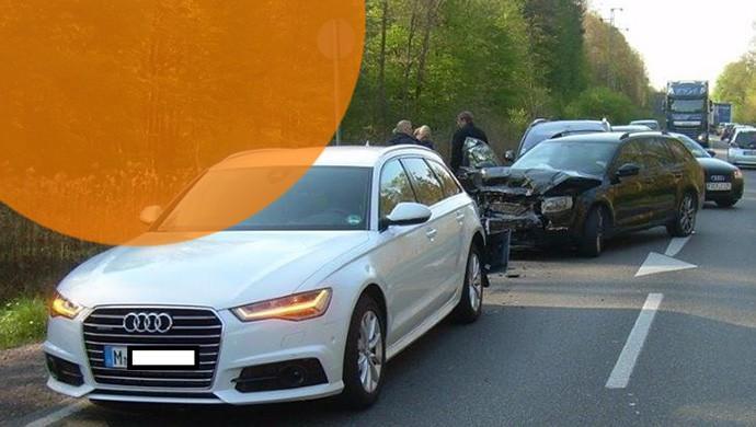 Kann ja mal passieren: Die Fahrerin eines Audi A6 von Sixt hielt das Bremspedal für eine Kupplung - oder unterschätzte die Bremskraft des Wagens