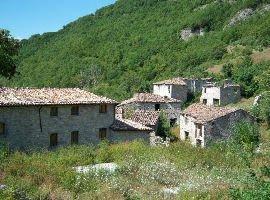 Borgo medievale in vendita