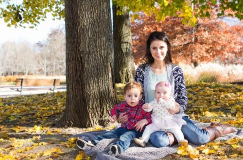 Marina discusses her journey with chronic migraine and how pregnancy and becoming a mother affected her symptoms. #chronicmigraine #migrainemom #mommybrain