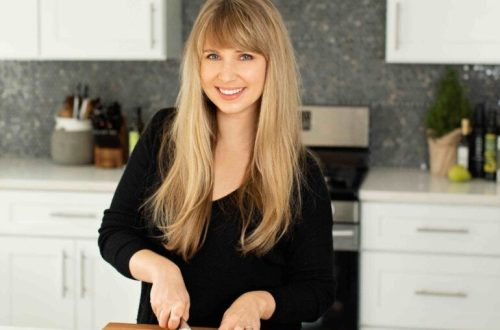 Alicia, The Dizzy Cook, discusses her journeys to ey with vestibular migraine from diagnosis to healing and how she made it through and leads a normal life. #vestibularmigraine #vestibulardisorder #chronicillness