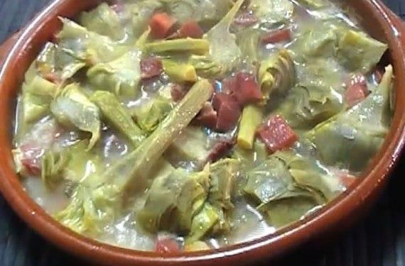 Cazuela de alcachofas con jamón