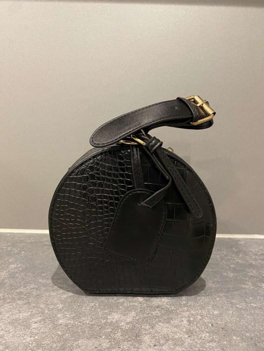 Black fashion hand bag