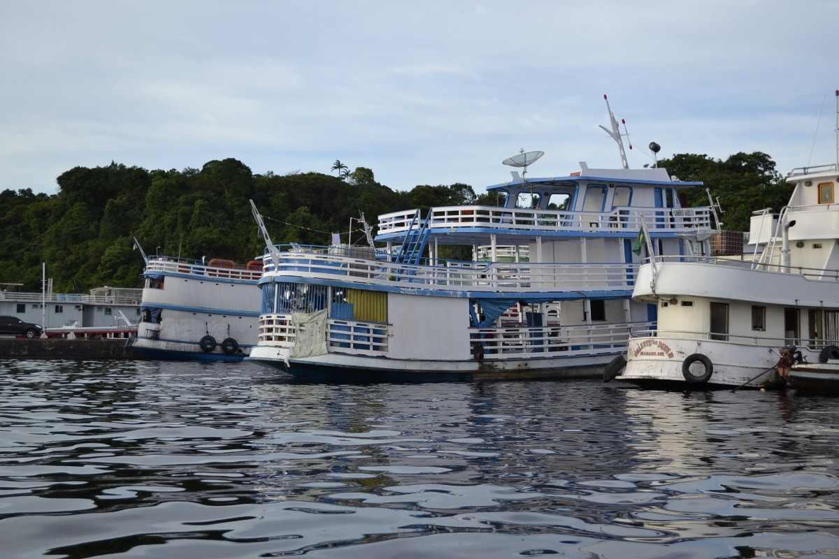 Boot voor een Amazone tour