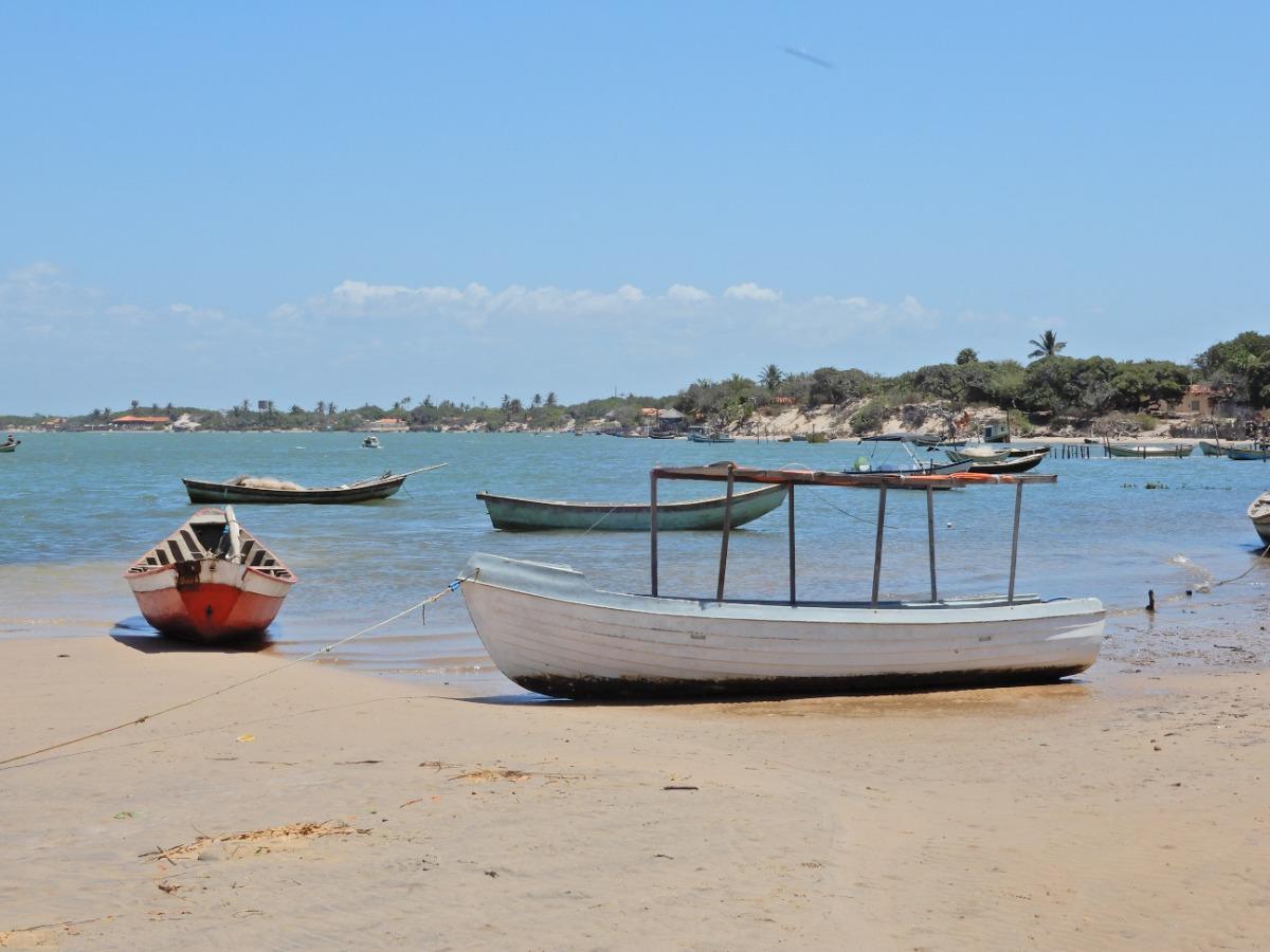 Vissersboten langs de delta van Parnaíba