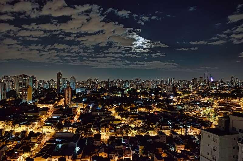 São Paulo-Bairro Lapa-Lapa is een wijk in São Paulo-Lapa bij nacht