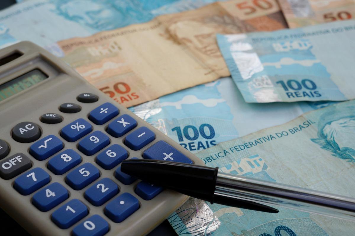 Rekenmachine met Braziliaans geld
