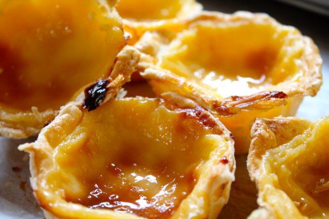 Portugese custard taartjes