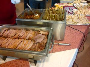 Hapjes buffet met warme en koude gerechtjes