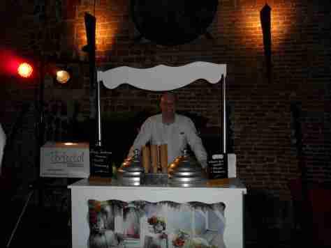 italiaanse ijscokar op sound of the underground in café d'anvers antwerpen