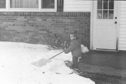 I imagine that many KMZ Starts were used to photograph someone shoveling.