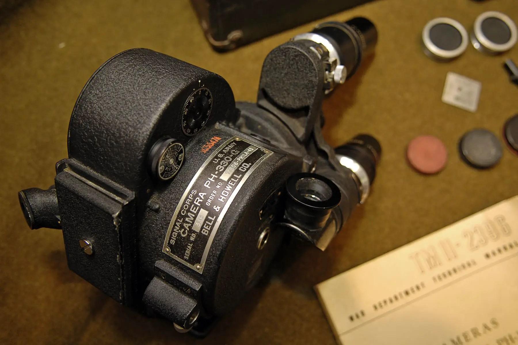 Bell & Howell Foton (1948) - mike eckman dot com