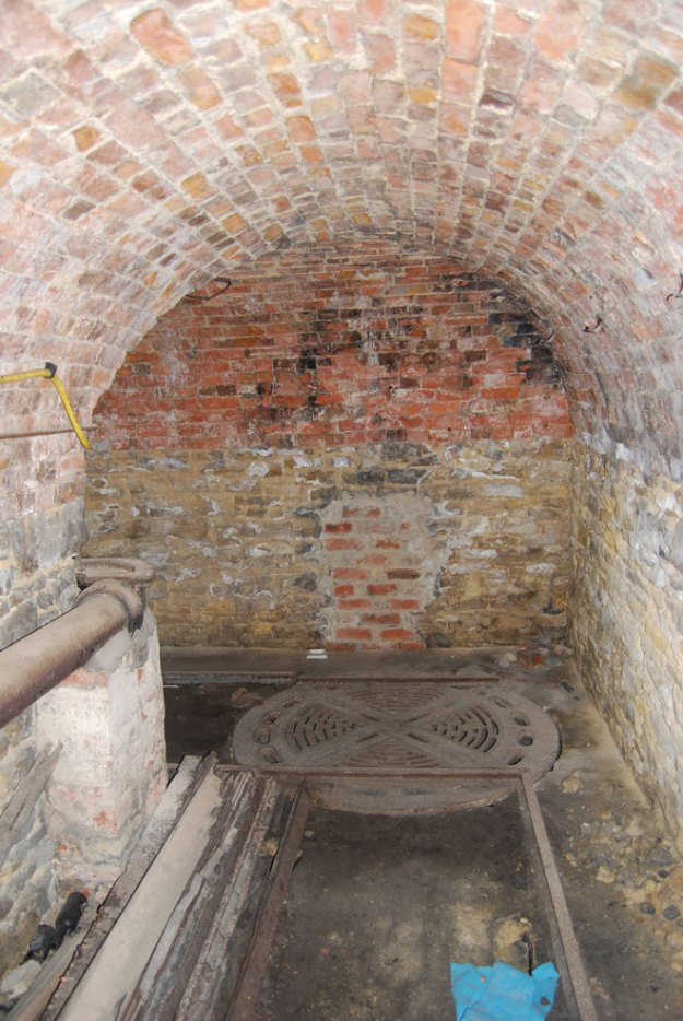 Stoke Rochford Hall:  coal tunnel