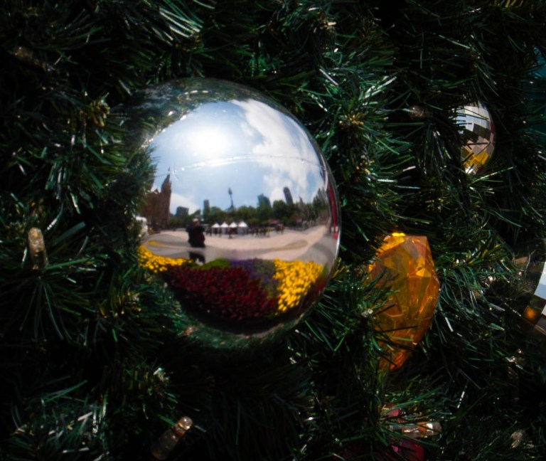 Linked – Top 10 Ways to Stay Safe From Scams This Holiday Season