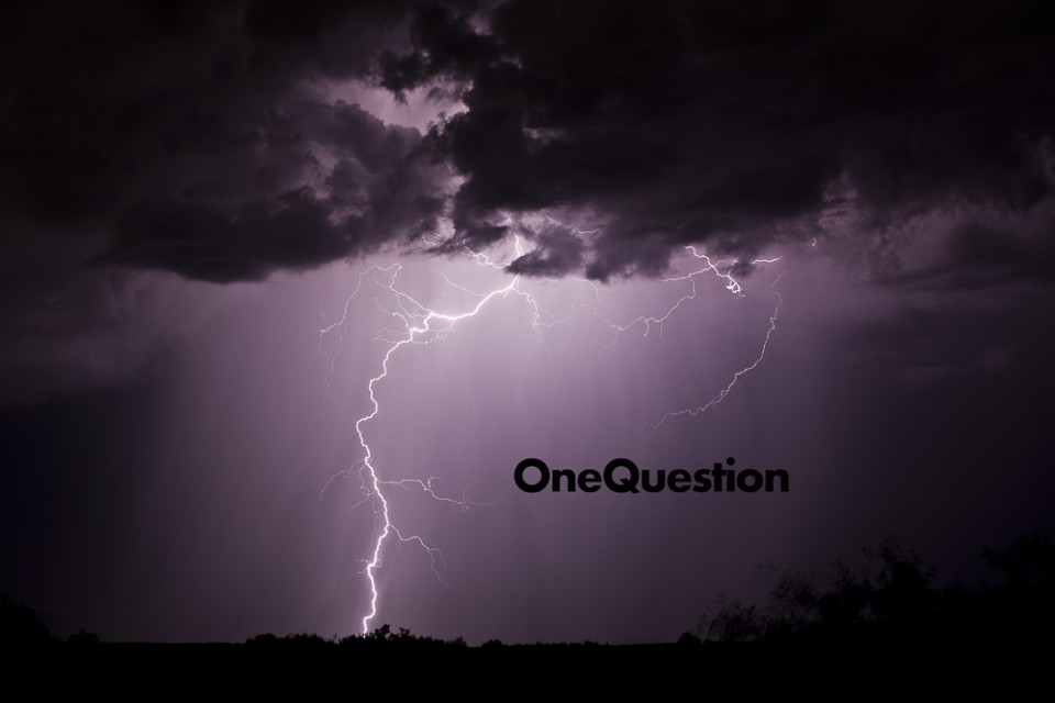 OneQuestion (lightning west of Sedona, Arizona)