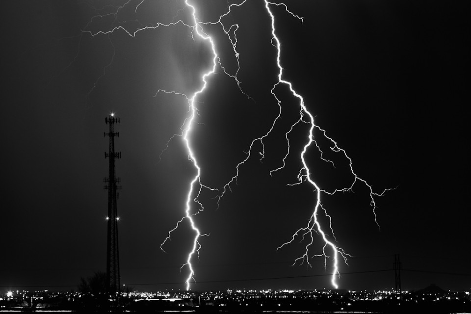Cellular - Arizona Monsoon Lightning
