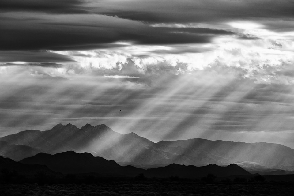 Breaking Dawn - Four Peaks Sun Rays