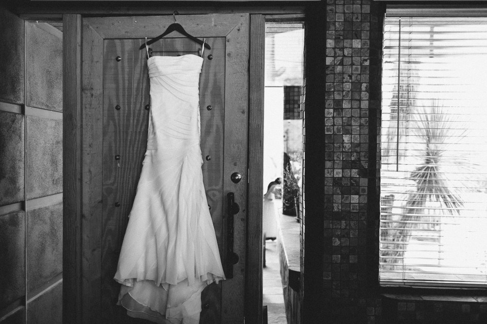 MikeOlbinski-CaveCreek-Backyard-Wedding-002