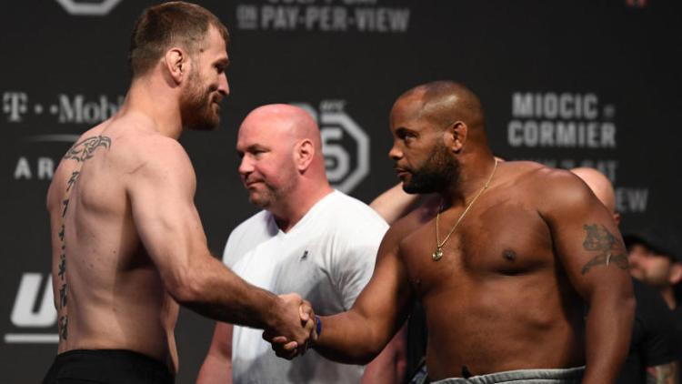 stipe-beats-times-laughs-off