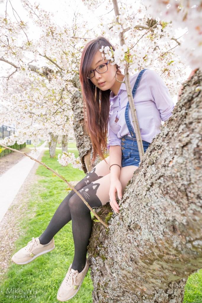 Cherry blossom tree climber. Model Nooblet Cosplay