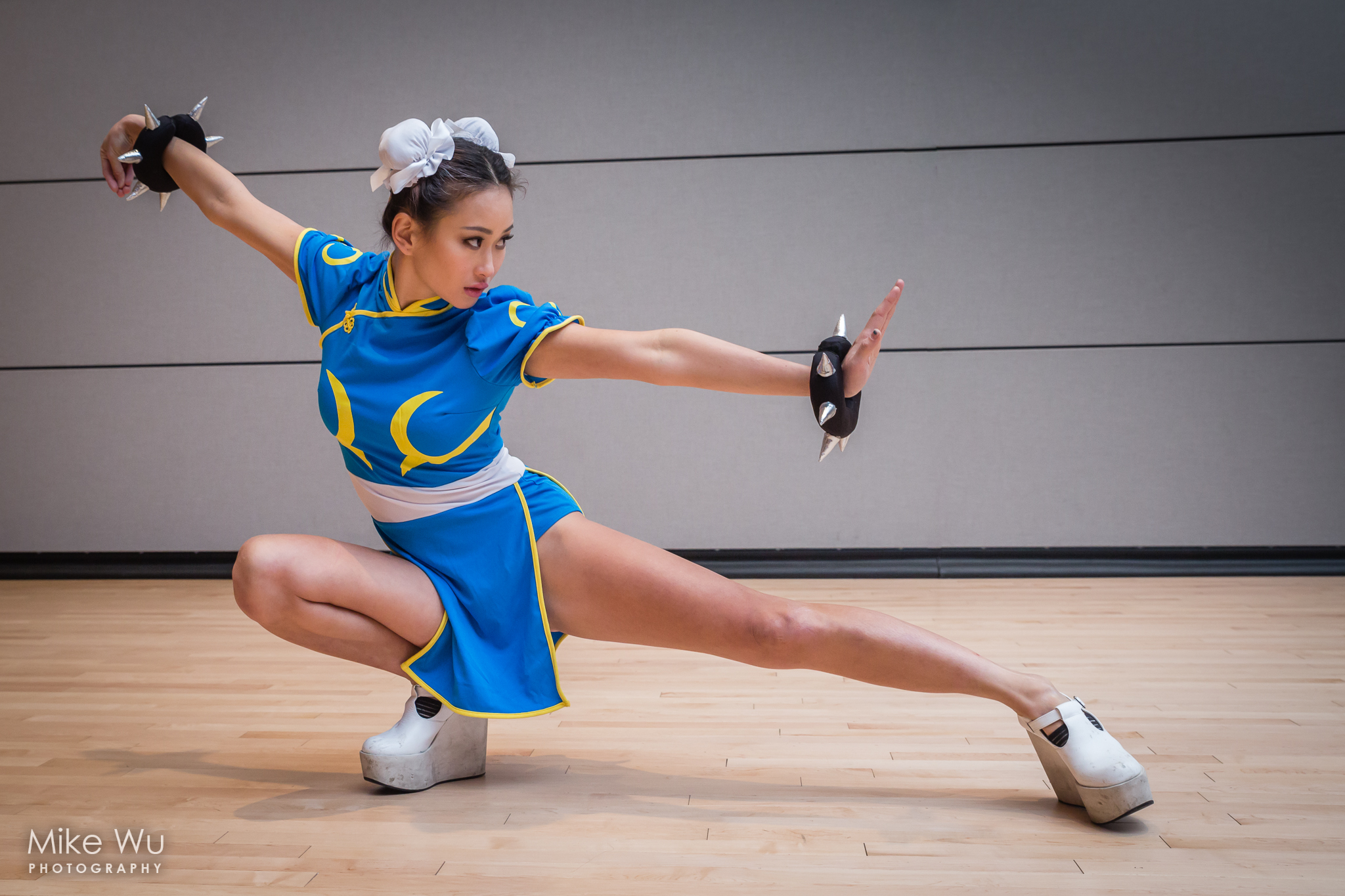 cosplay, chun li, video game, street fighter, martial arts, pose, stance, asian, japanese