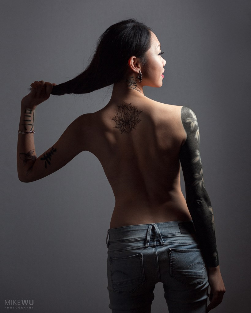 vancouver portrait photographer mike wu indoor studio boudoir photography photoshoot implied bare back nude beautiful sexy tattoo jeans hair lovely asian chinese sarah