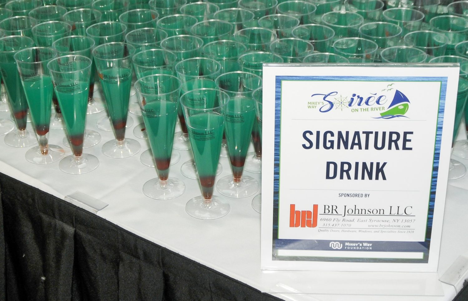 Signature Drink and Sign Cropped