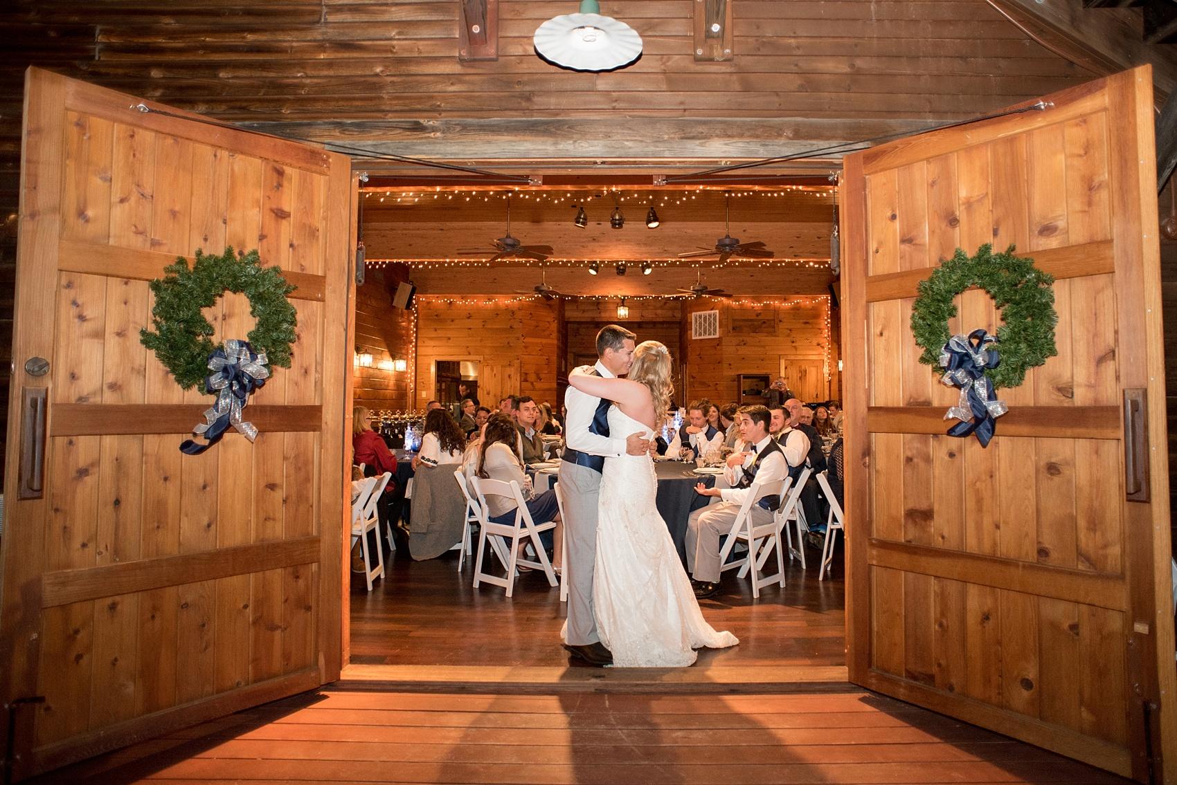The Barn At Valhalla Wedding Photos Sarah Trey