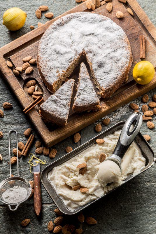Mandelkage og mandelis fra Malllorca - Mikkels Madblog