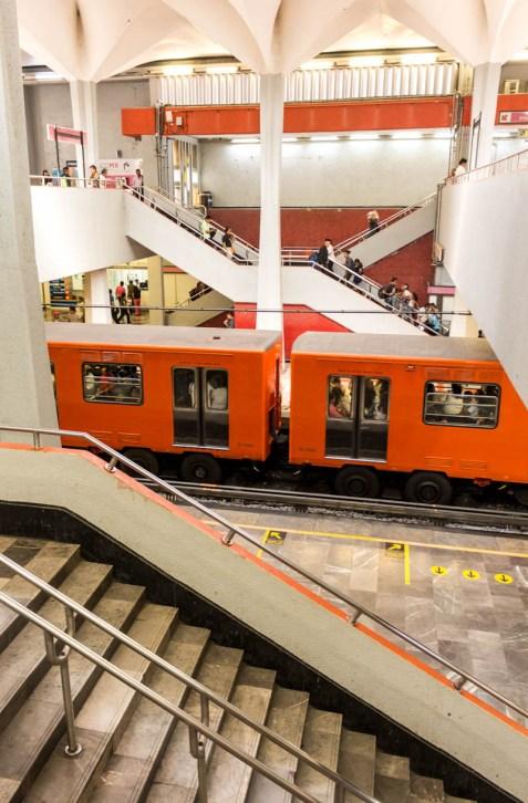 mexico_city_2018_metro_candelaria_01