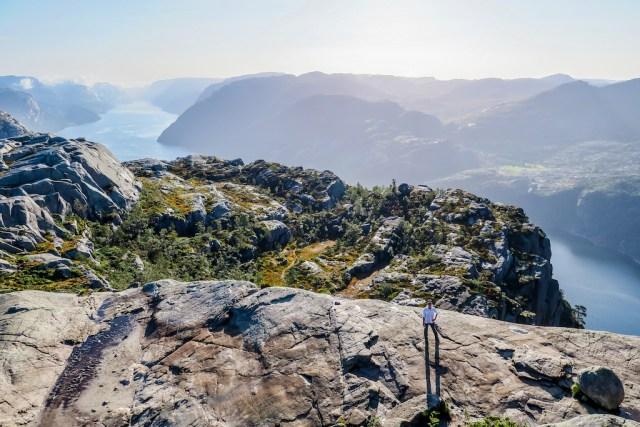 Trilhas na Noruega - Prekestolen