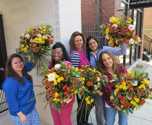 creating European hand tight bouquet in 15 minuites