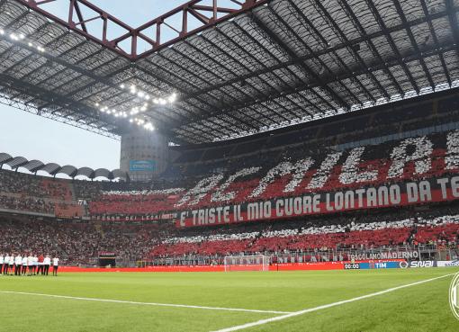 Lo stadio di San Siro durante Milan-Craiova