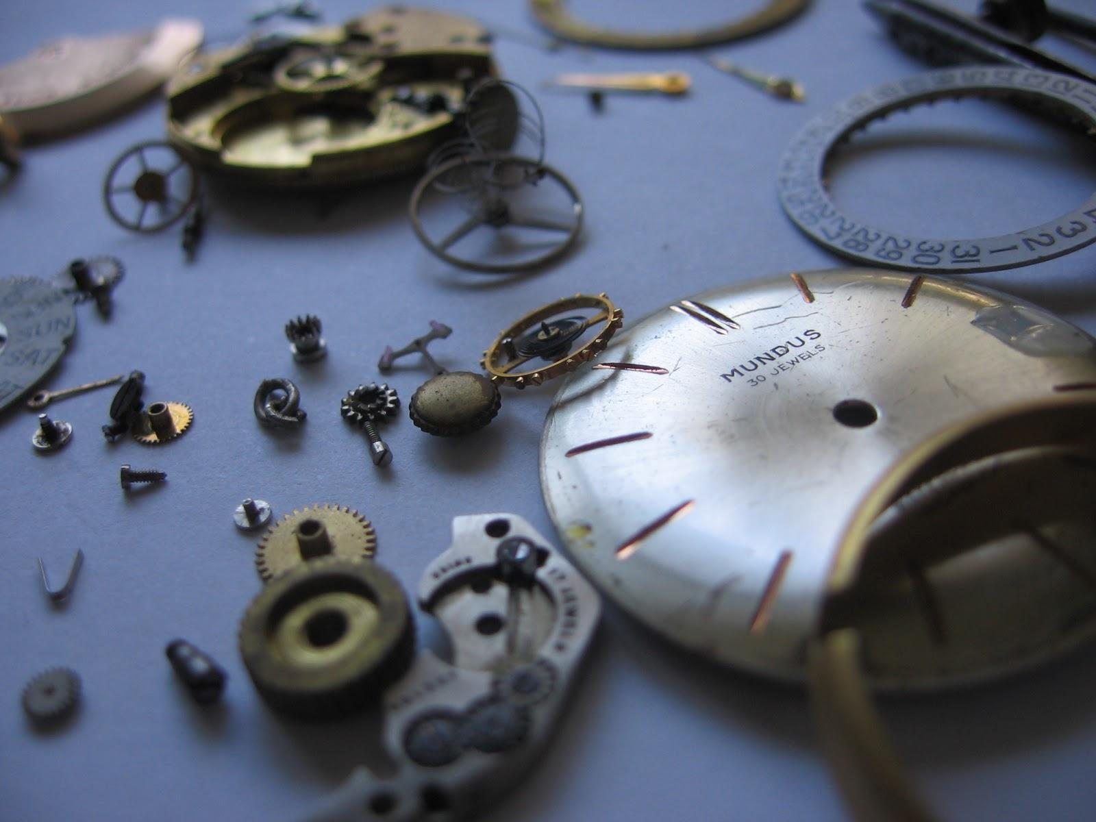 pezzi di orologio