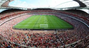 Questo il pubblico dell'Emirates per la partita contro il Milan Legends. C'è un mondo che ci vuol bene