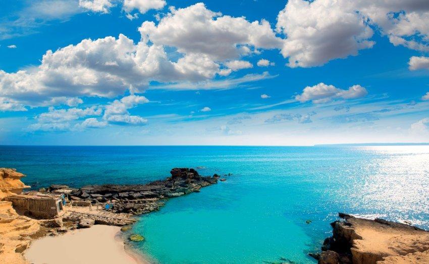 I favolosi paesaggi della Isla Blanca