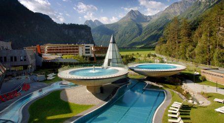 AQUA DOME, il resort termale delle Alpi per tutta la famiglia