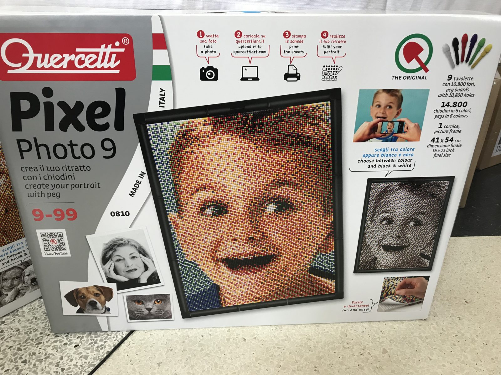 5b949ff9403623 Trasforma il ritratto di chi ami in un puzzle fatto da chiodini colorati!  (Quercetti)